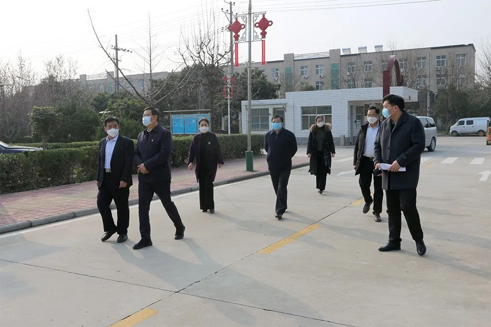 Director Wang Kun of Xuchang Municipal People's Congress and his delegation visited Yuanhua company